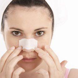 どのタイミングが効果的?毛穴汚れ除去に役立つ蒸しタオルの時間や頻度
